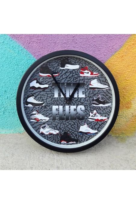 Wall Clock Time Flies Air...
