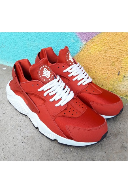 Used Nike Air Huarache Red...