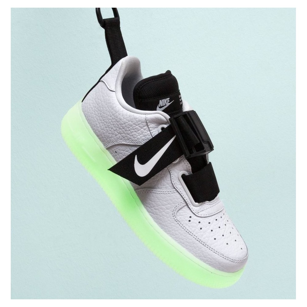 Nike Air Force 1 Utility QS...