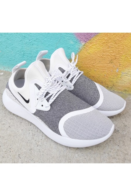 Used Nike LunarCharge...