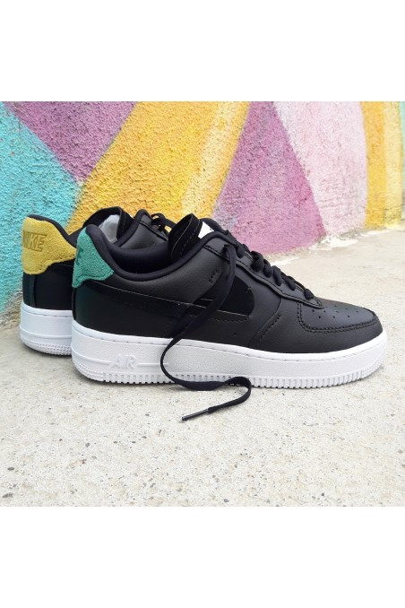 Nike Air Force 1 LX Inside...