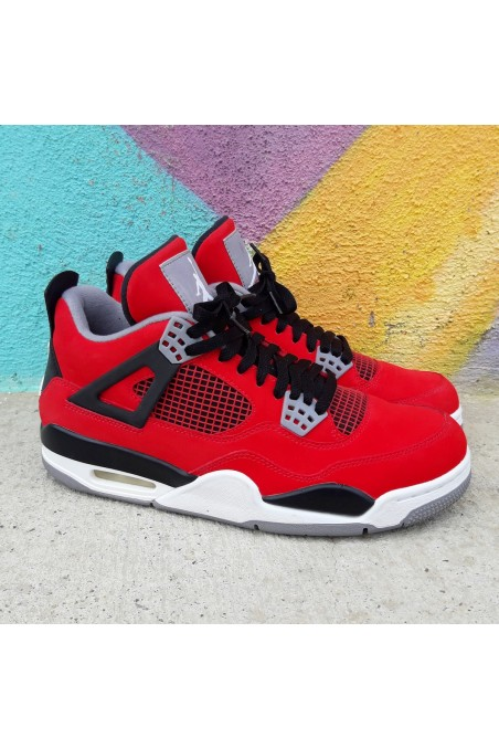Used Air Jordan 4 Retro...