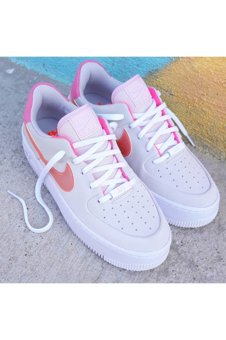 Nike Air Force 1 Wmns Sage...