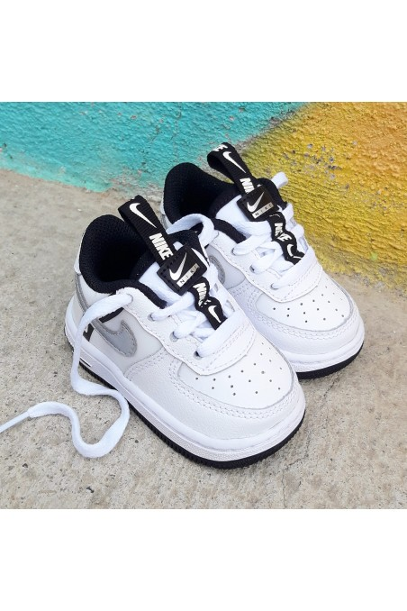 Nike Air Force 1 LV8 KSA TD...