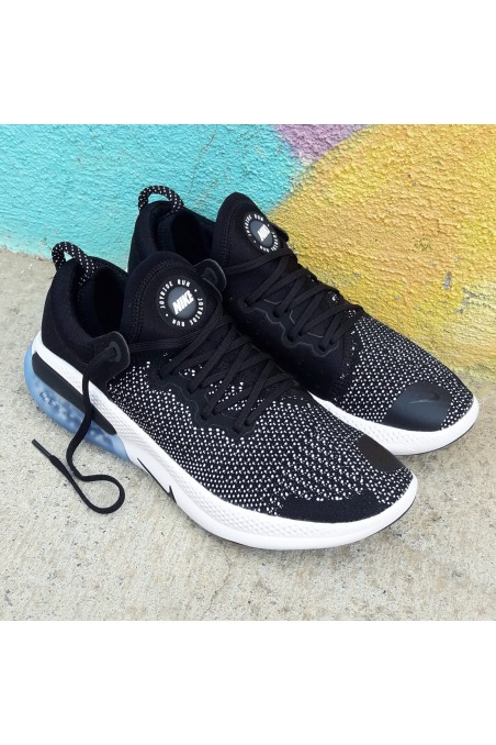 Nike Joyride Run Flyknit...