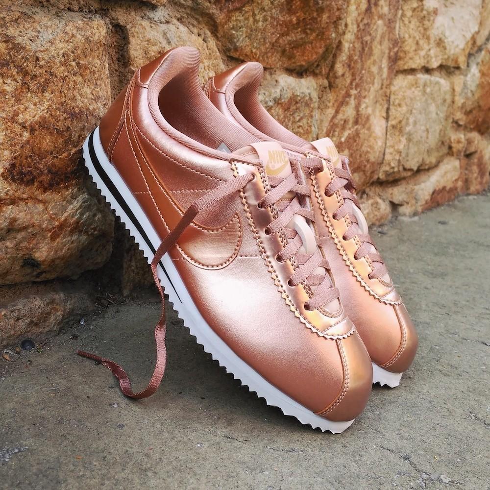 Nike Cortez SE Bronze...